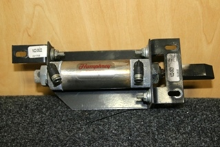 USED RV/MOTORHOME/CAMPER ENTRY/EXIT DOOR LOCK WITH HUMPHREY CYLINDER MODEL: CP9023A & MOUNTS