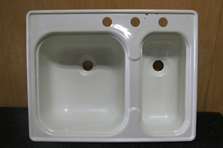 NEW/OLD STOCK DOUBLE PLASTIC KITCHEN SINK SIZE: 24-3/4 X 19-3/8