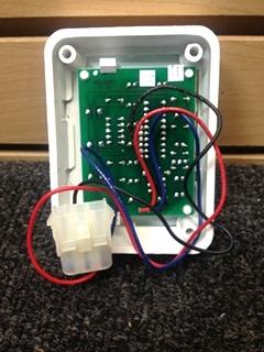 USED RV/MOTORHOME WHITE FANTASTIC VENT CONTROLLER PN: MC411D