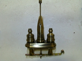 NEW/OLD STOCK: MOEN BRASS 2-HANDLE BATHROOM FAUCET