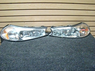 USED FLEETWOOD  RV/MOTORHOME HEADLIGHT SET MODEL #: HRA15PP2 97 BULB #: 3457NA